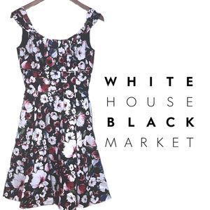 WHBM Classic Pleated Floral Dress w/pockets